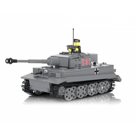 Боевой танк Тигр I Ausf E
