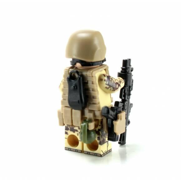 Marine Corps Desert MARPAT Chemical Warfare Minifigure