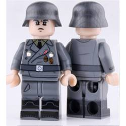 WWII German Officer (Brickpanda)